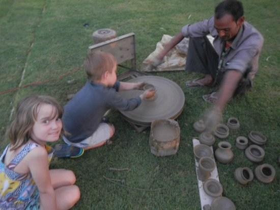 The Oberoi Rajvilas : Kids pottery evening