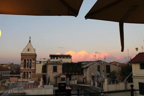 Hotel Artemide: Rooftop Bar