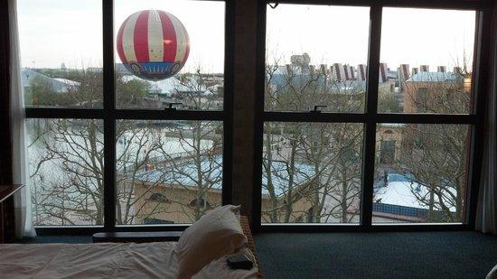 Disney's Hotel New York: Great view