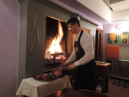L'Antica Trattoria: the fireplace