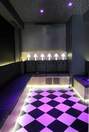 bam karaoke box richer paris all you need to know before you go with photos tripadvisor. Black Bedroom Furniture Sets. Home Design Ideas