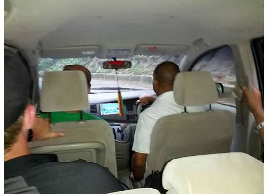 Jamisland Day Tours : chatting away