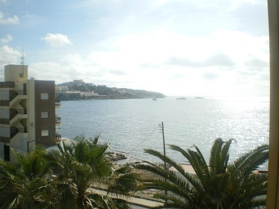 Apartamentos Poseidon II: vistas desde el balcon (3a planta)