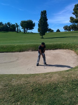 Hotel Golf Campoamor: sand bunker on the 13th hole