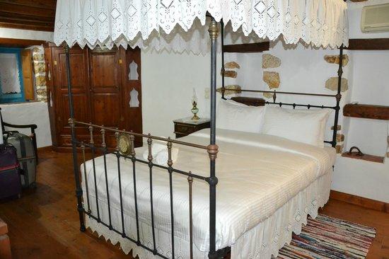 Eirini Luxury Hotel Villas: Chambre du 1er étage