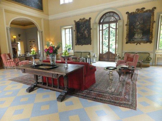Relais Villa Matilde: lobby/bar area
