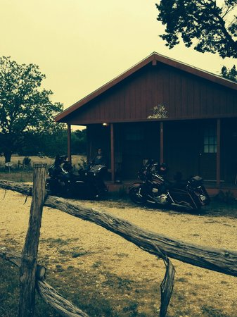 Gran's Country Cabins: Motorcycle trip to Bandera