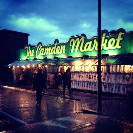 Camden Market: Camden Town
