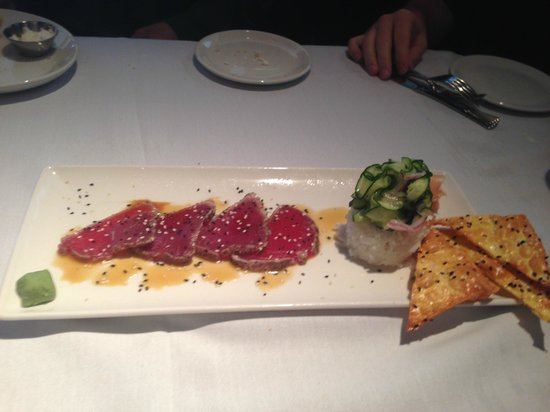 Pan seared hawaiian ahi tuna appetizer picture of for Mitchell s fish market brookfield