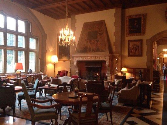 Schlosshotel Kronberg: Lobby