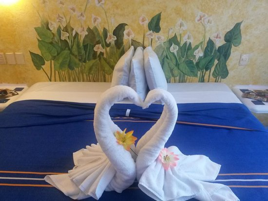 Hotel Banana: Great decorations from towels