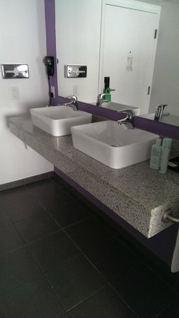 Hotel Riu Plaza Miami Beach : Waschbecken