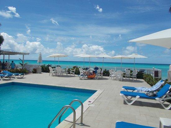 Butterfly Beach Hotel : Pool