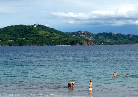 Four Seasons Resort Costa Rica at Peninsula Papagayo : The beach view at the Four Seasons