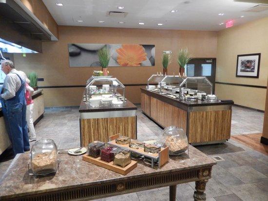 Doubletree Hotel Bethesda: Breakfast Buffet
