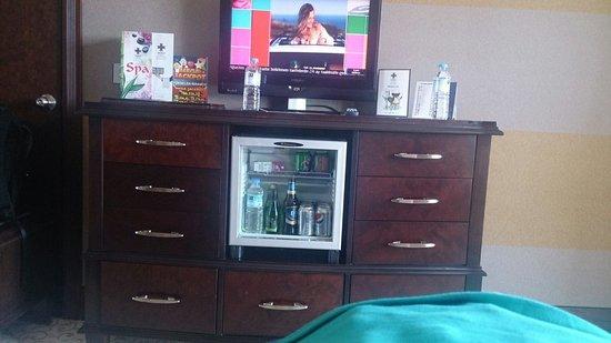 Merit Lefkosa Hotel & Casino: Tv unit