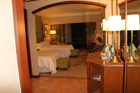 Sheraton Imperial Kuala Lumpur Hotel: our room