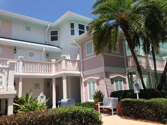 Disney's Old Key West Resort: Exterior buildings in SouthPoint neighborhood