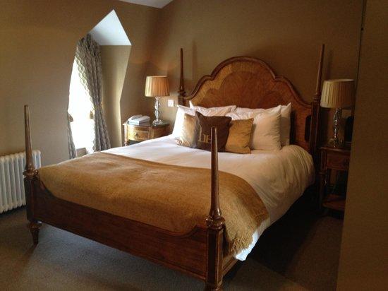Linden House: Bedroom of suite