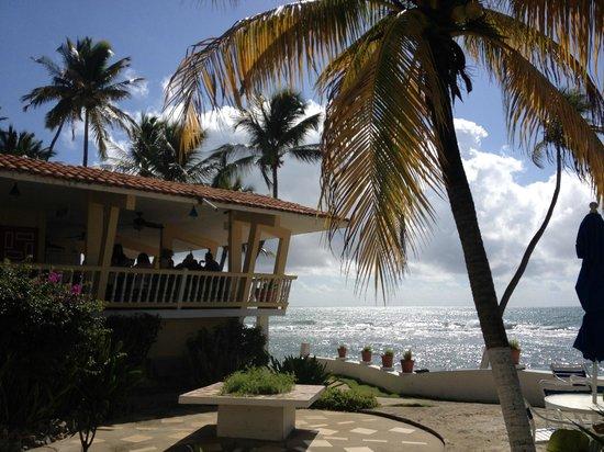 Caribe Playa Beach Hotel: Restaurant on the terrace