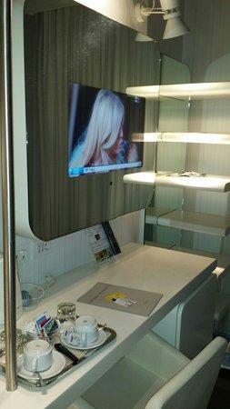 Hotel Londra : Tv
