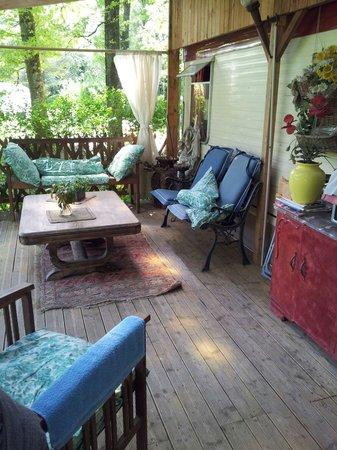 La Petite Noue : Terrasse du mobil-home