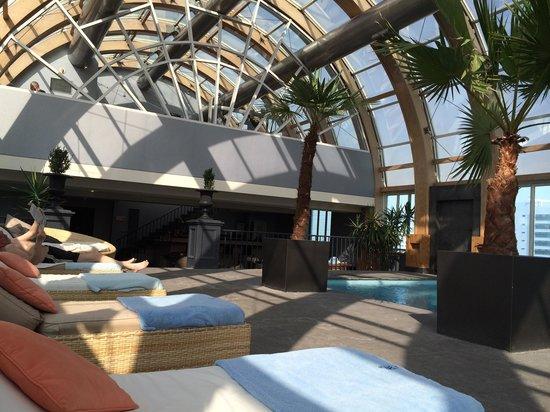 The Ritz-Carlton, Santiago : �� excelente em todos os aspectos ! Conforto, atendimento, variedades de vinhos. Vale a pena con