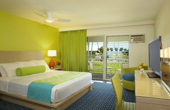 Kauai Shores, an Aqua Hotel : Ocean View Room - Renovated