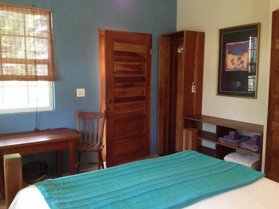 Amanda's Place: newly painted rooms at Casita Carinosa