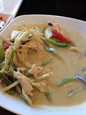 Royal Thai Cuisine: Chicken green curry.