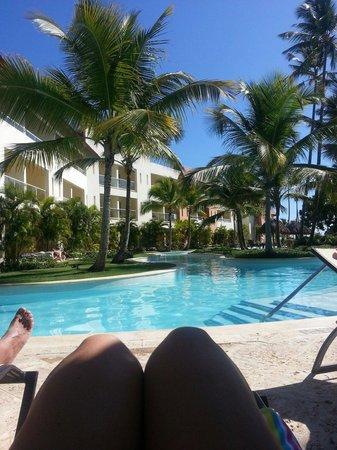Secrets Royal Beach Punta Cana: Gorgeous Lazy River style pool