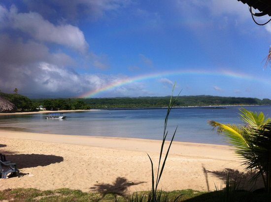 Savaii Lagoon Resort : looking at the rainbow from the dining fale