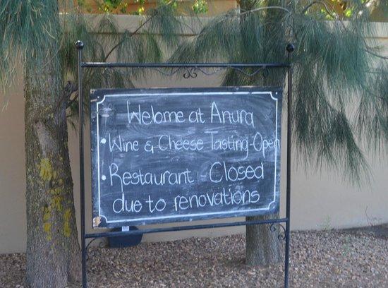 Anura Vineyards: Anura