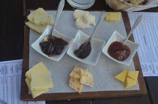 Anura Vineyards: delicias durante a degustação !!!