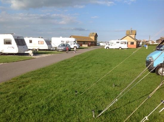 Norman's Bay Camping And Caravanning Club: site