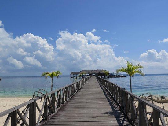 "Borneo Divers Mabul Island Resort: The ""walk"" to the sun deck / dive center"