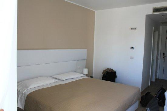 Hotel Villa Katy: großes Bett