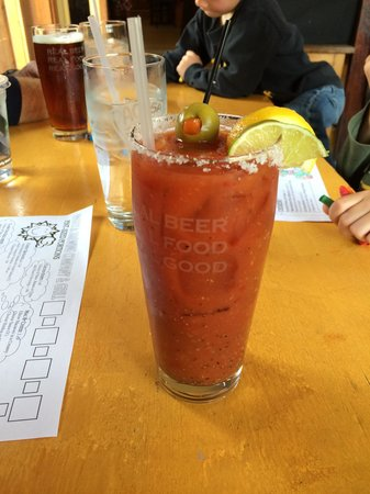 Pagosa Brewing & Grill : Great Bloody Mary! And good thin crust crispy pizzas too.