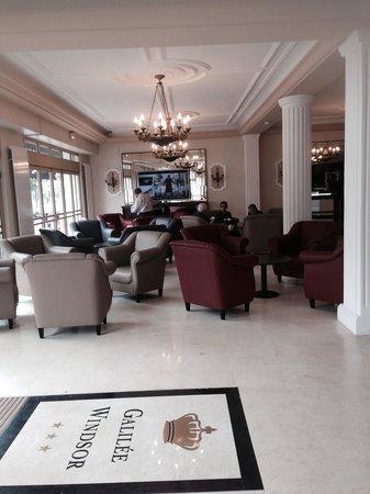 Hotel Galilee et Windsor: Un salon tout neuf