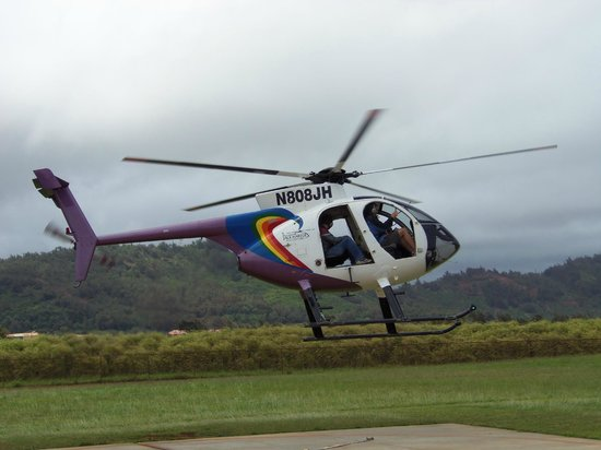 Jack Harter Helicopters - Tours: Taking off with no doors