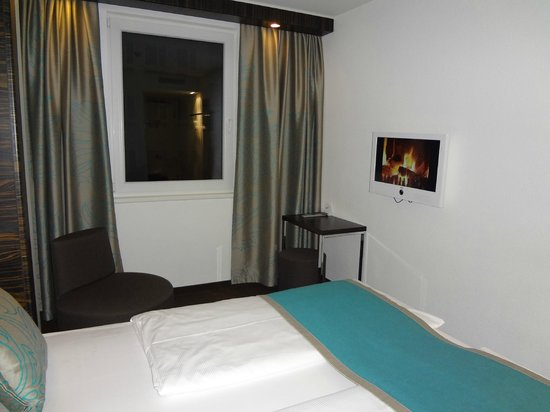 Motel One Muenchen-Sendl. Tor: H1