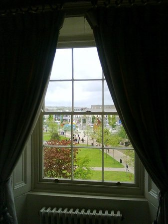 Hotel Meyrick: View from bedroom