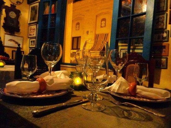 Ivan Chef Justo: Table / Mesa