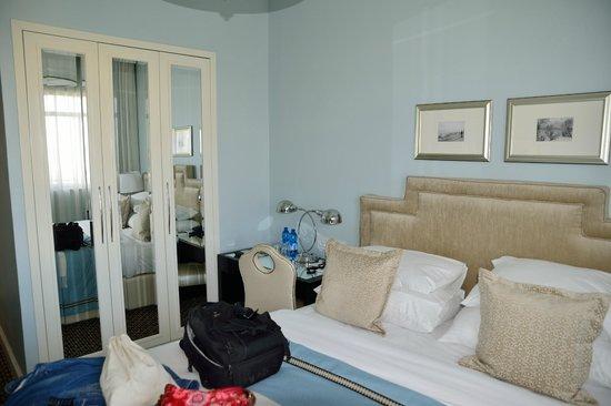 Bay Club Haifa Hotel - an Atlas Boutique Hotel : Zimmer
