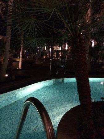 Isrotel Agamim: Pool exit
