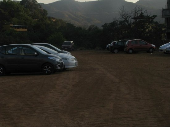 Mercure Lavasa: Alternative parking on muddy ground