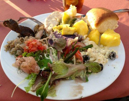 Sunset Luau at the Waikoloa Beach Marriott: So Ono, I ate my Poi first!