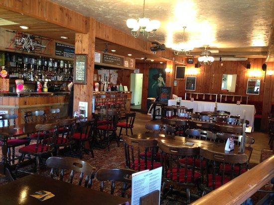 The Mermaid Inn: inside
