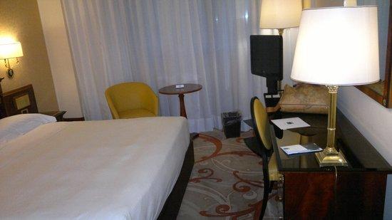 UNA Hotel Scandinavia : Doppia uso singola!