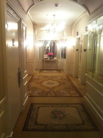 The Towers of the Waldorf Astoria: Corridoio al 31esimo piano